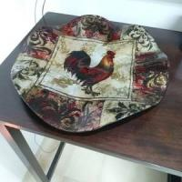 ROOSTER MOTIV 2 PLATES AND 4 COASTERS