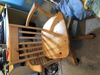 chair with castors