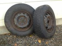 2 mounted snow tires: fits '99 toyota tercel
