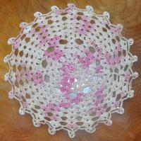 5 Doilies and a Runner